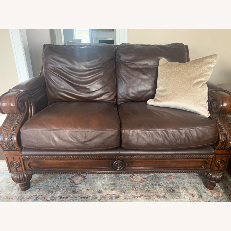 Ashley Furniture 100% Leather - image-1