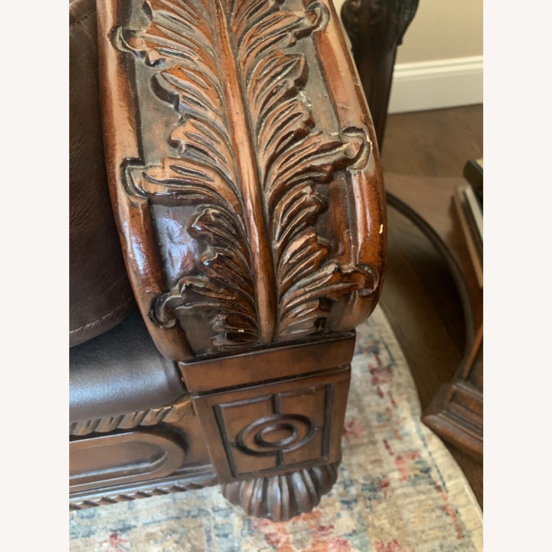 Ashley Furniture 100% Leather - image-4