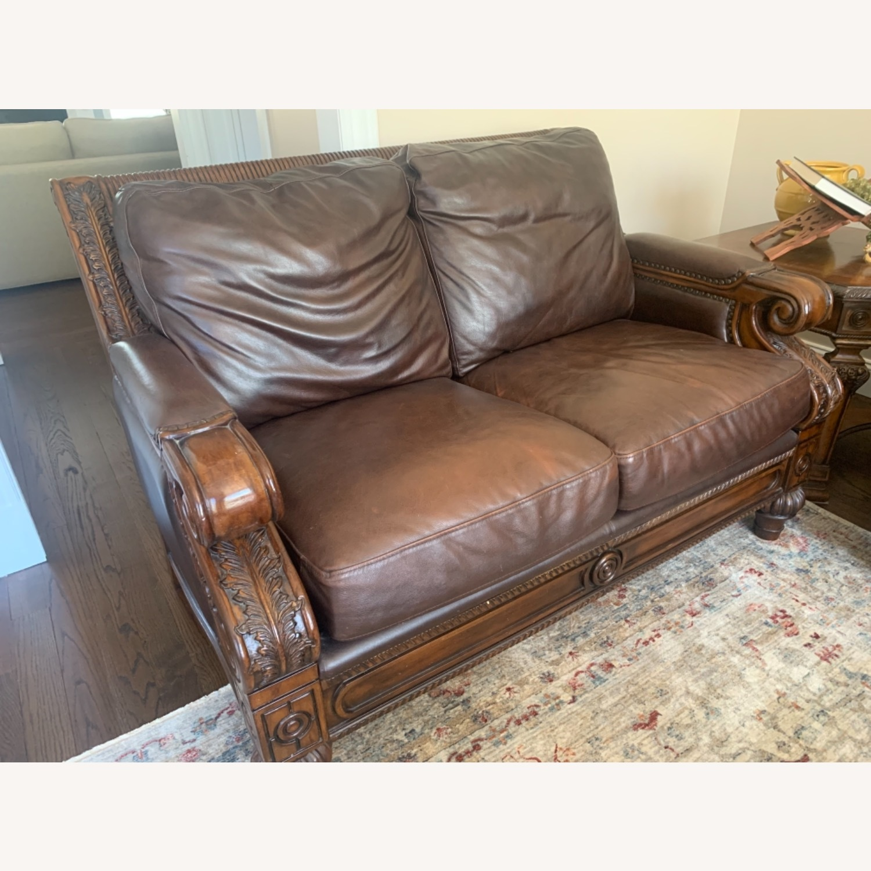 Ashley Furniture 100 % Leather - image-1