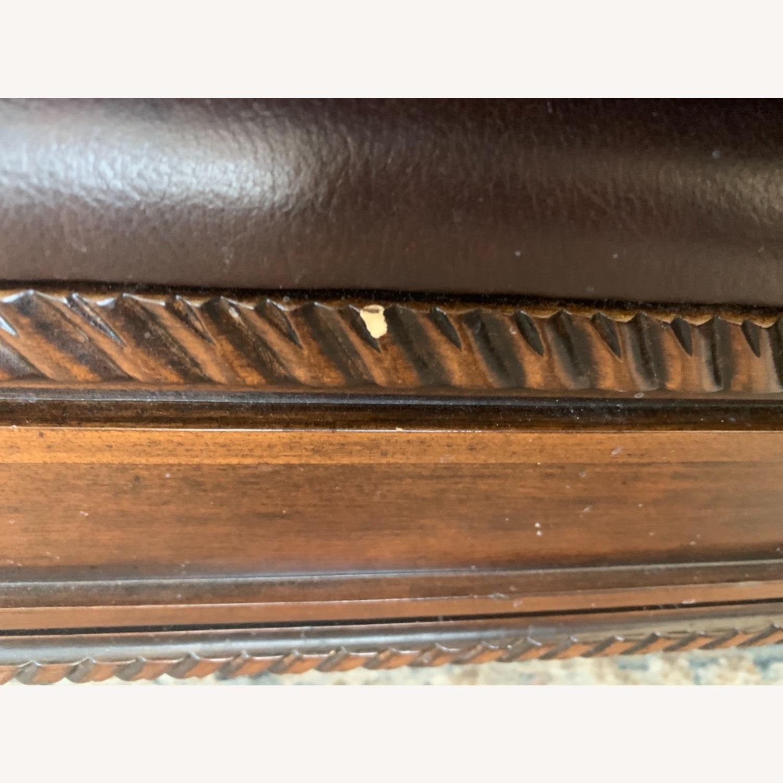 Ashley Furniture 100 % Leather - image-5