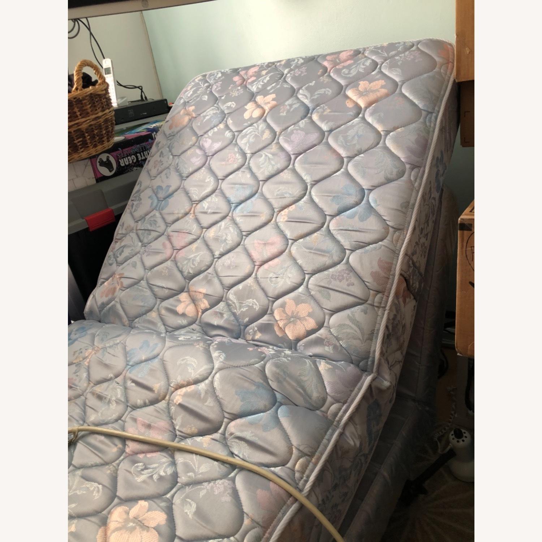 Sleepy's 2 Twin Adjustable Beds - image-3