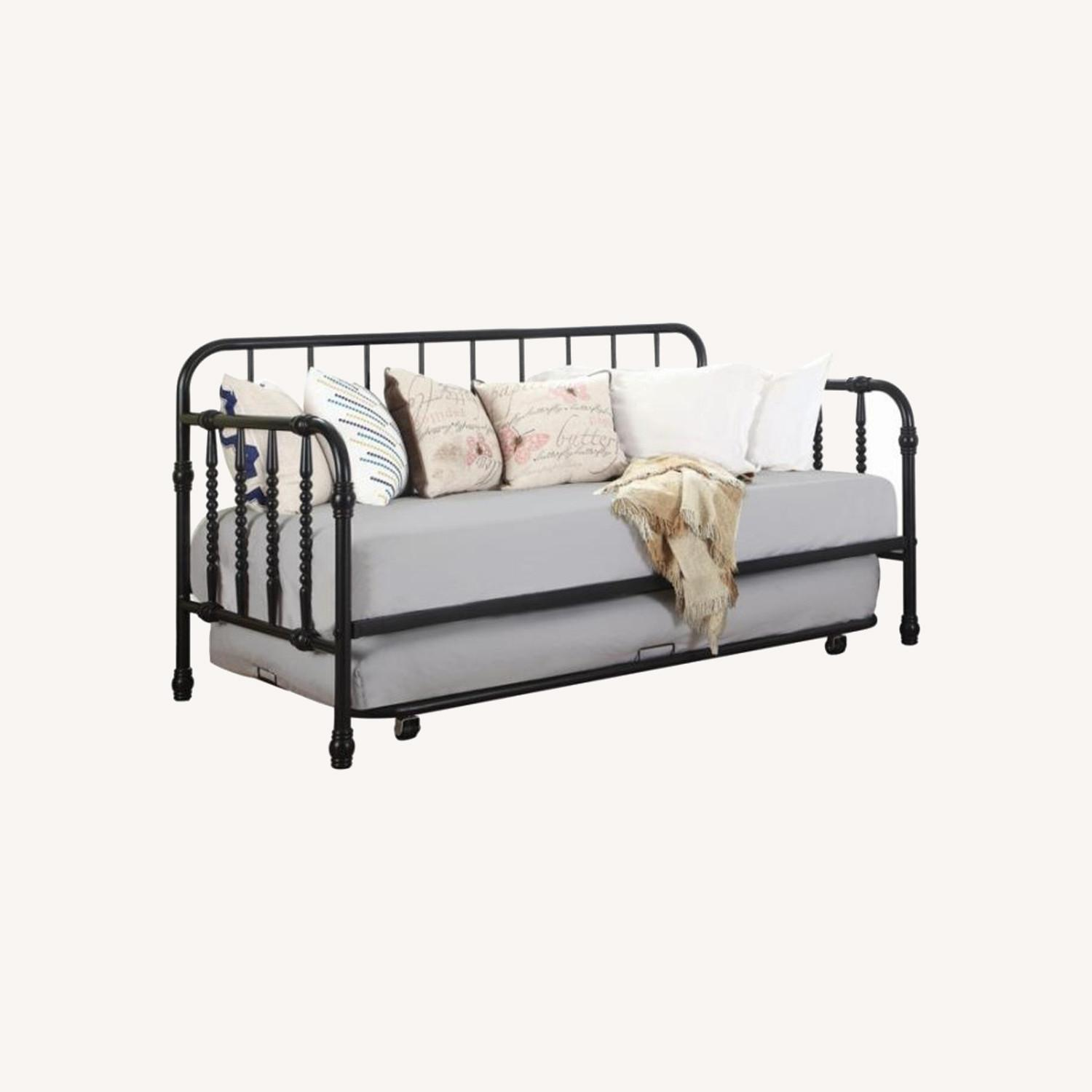 Twin Daybed In Black Metal Finish W/ Trundle - image-6