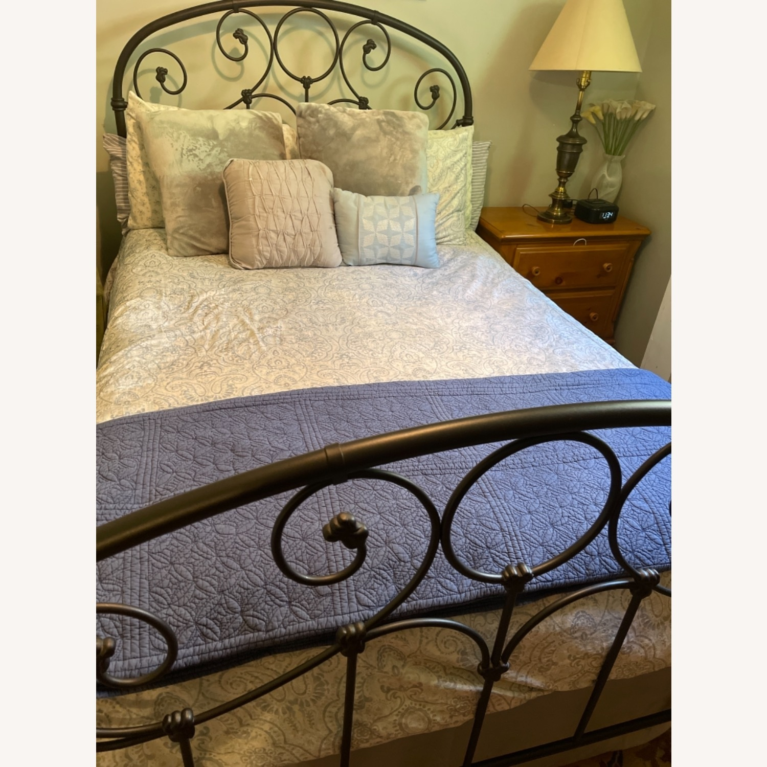 Full Size Bed - image-2