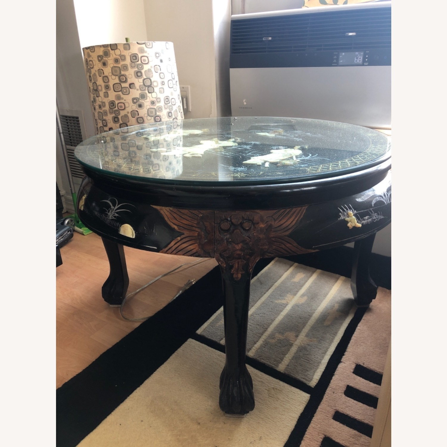 Chinese lacquered Inlaid Coffee Table - image-2