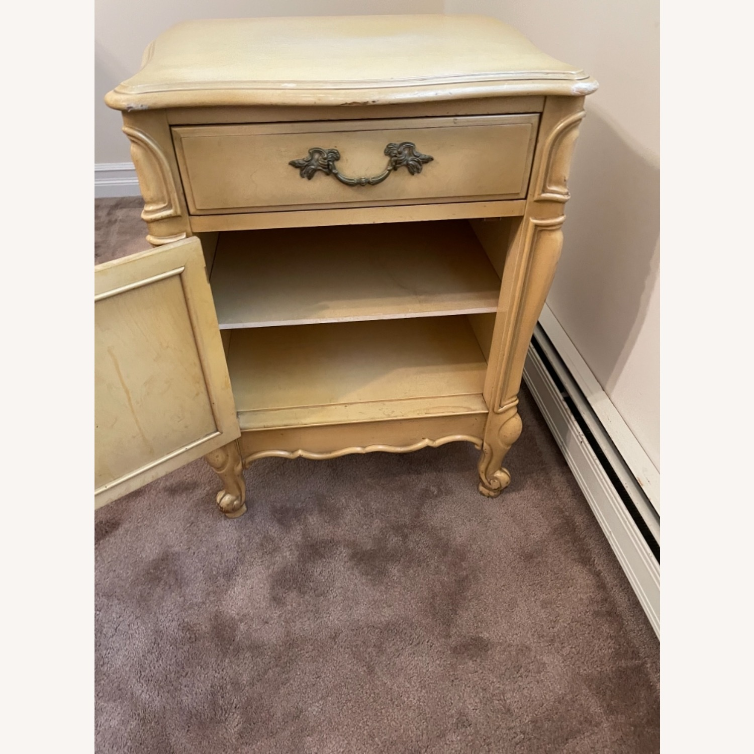 Mid Century French Provencial Nightstands [Pair] - image-4