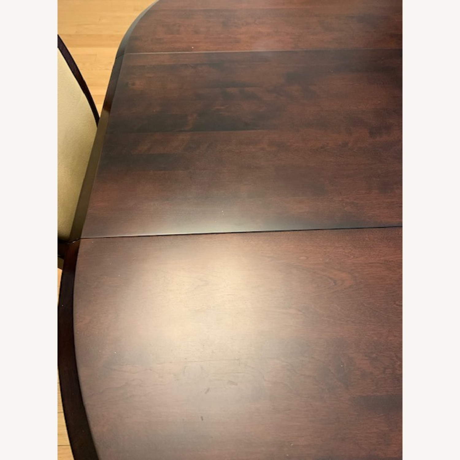 Expandable Dining Room Table w/ Six Chairs - image-6