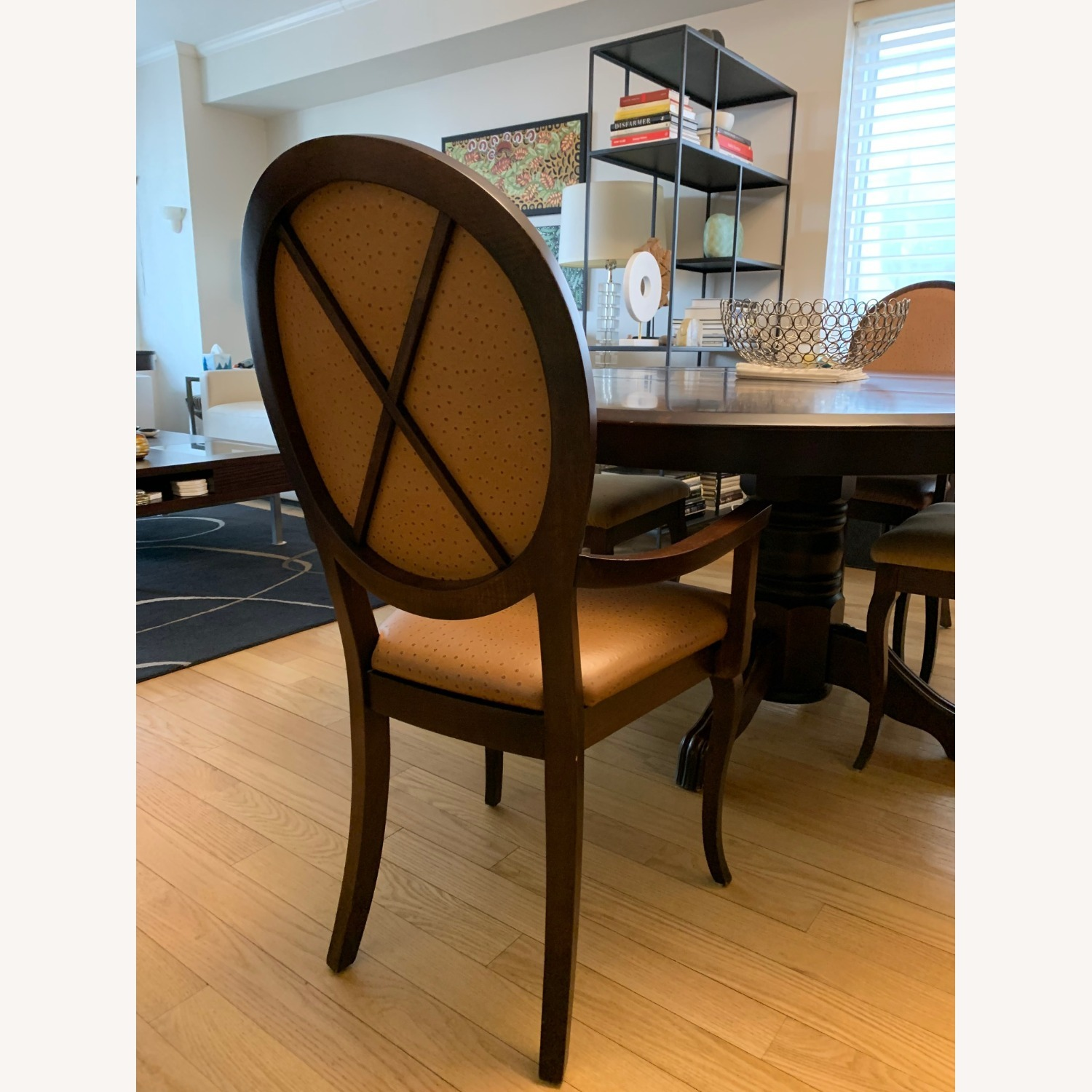 Expandable Dining Room Table w/ Six Chairs - image-5
