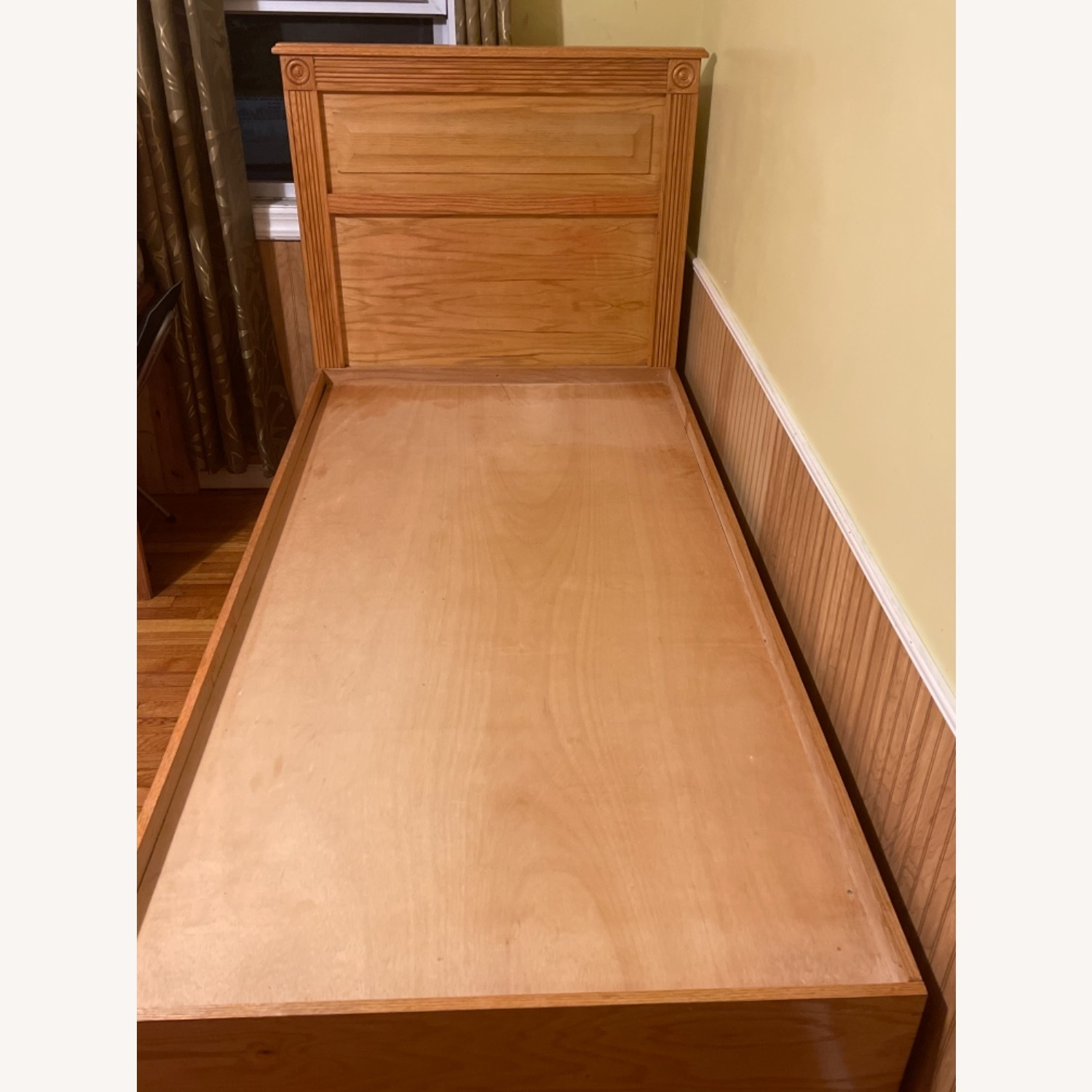 Natural Wood Colour Twin Bed Built-In Storage - image-2