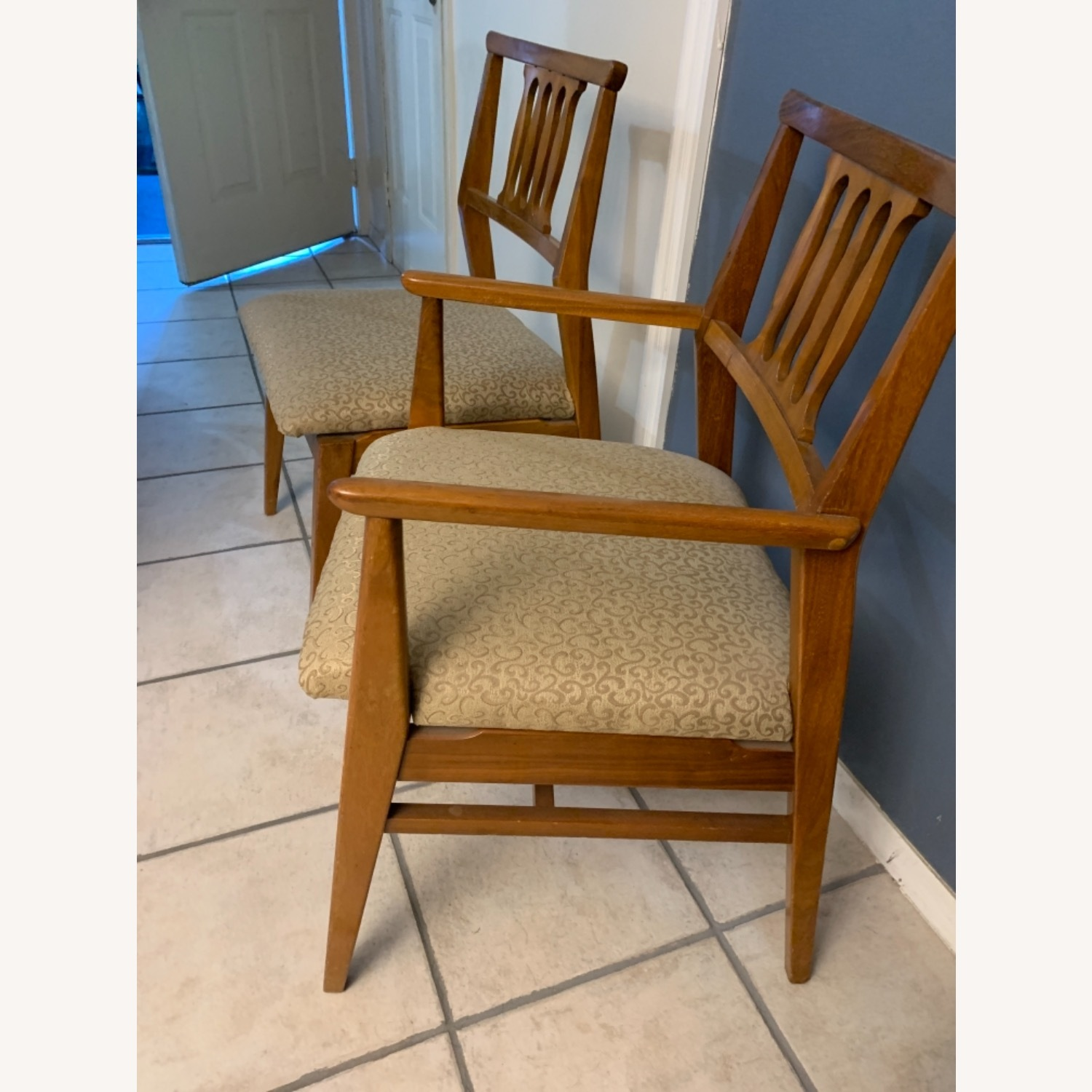 Hickory Furniture Company Dining Chair Set - image-3