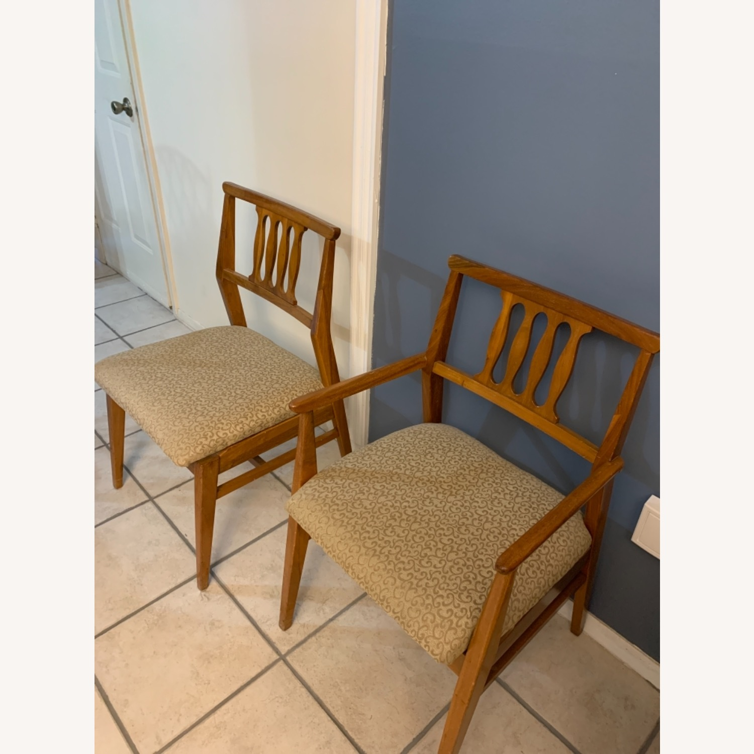 Hickory Furniture Company Dining Chair Set - image-1