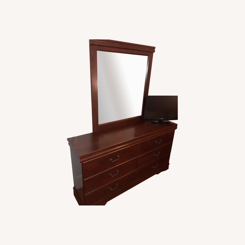 Ashley Furniture Dresser With Mirror - image-0