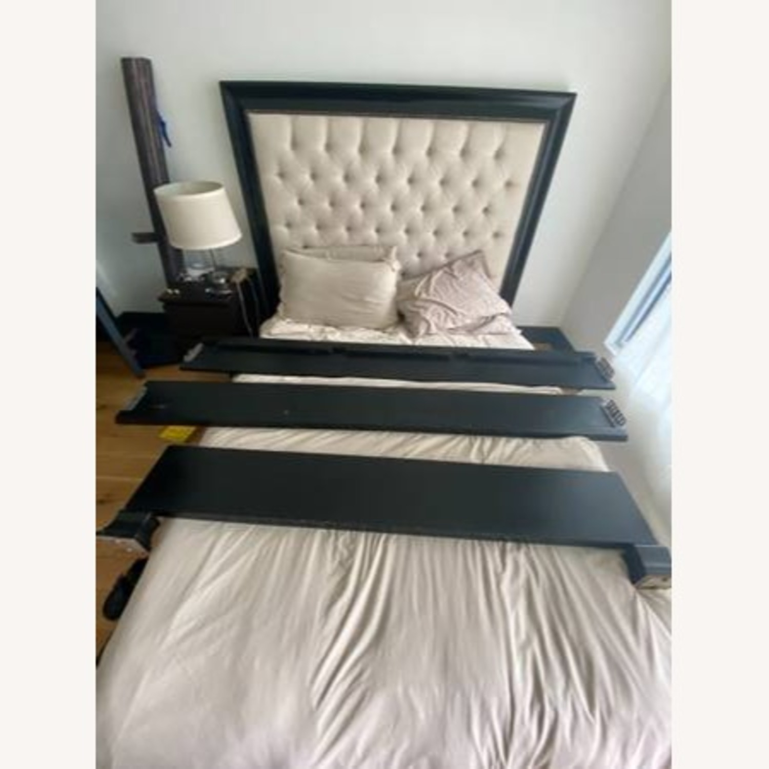 Z Gallerie Rafael Oyster Bed w/ Tufted - image-2
