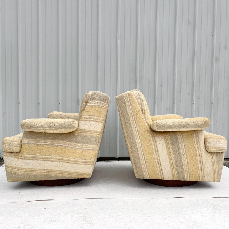 Pair Mid-Century Swivel Lounge Chairs - image-14