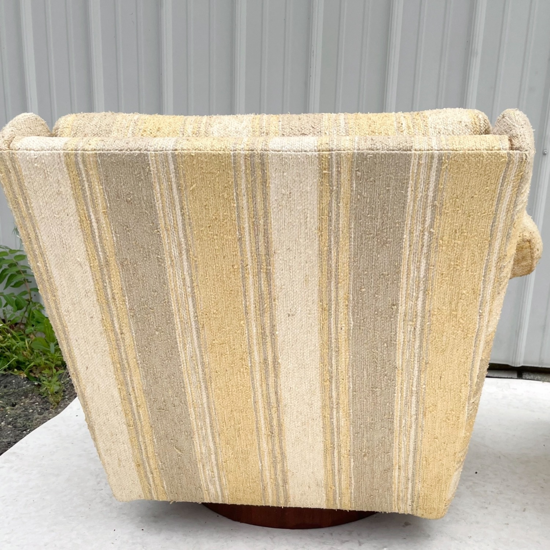 Pair Mid-Century Swivel Lounge Chairs - image-5