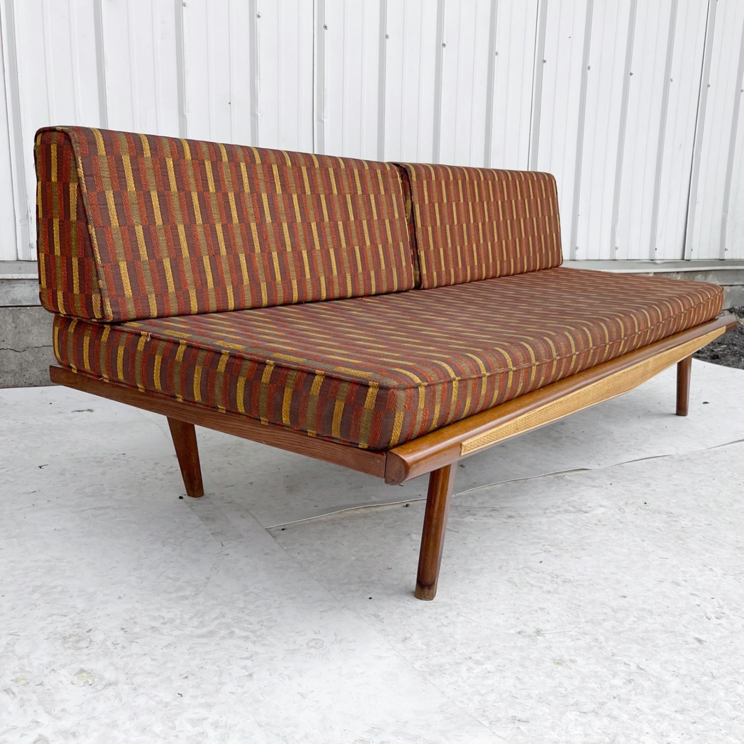 Mid-Century Modern Sofa or Daybed - image-2