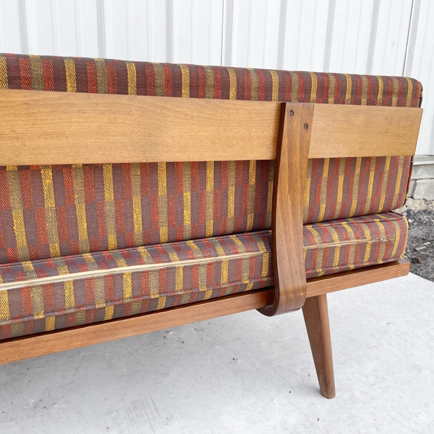 Mid-Century Modern Sofa or Daybed - image-5