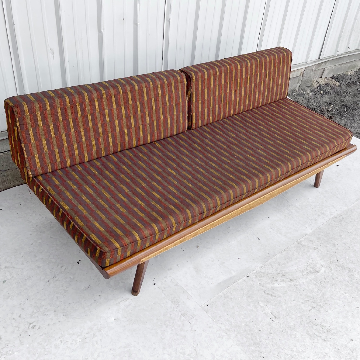Mid-Century Modern Sofa or Daybed - image-22