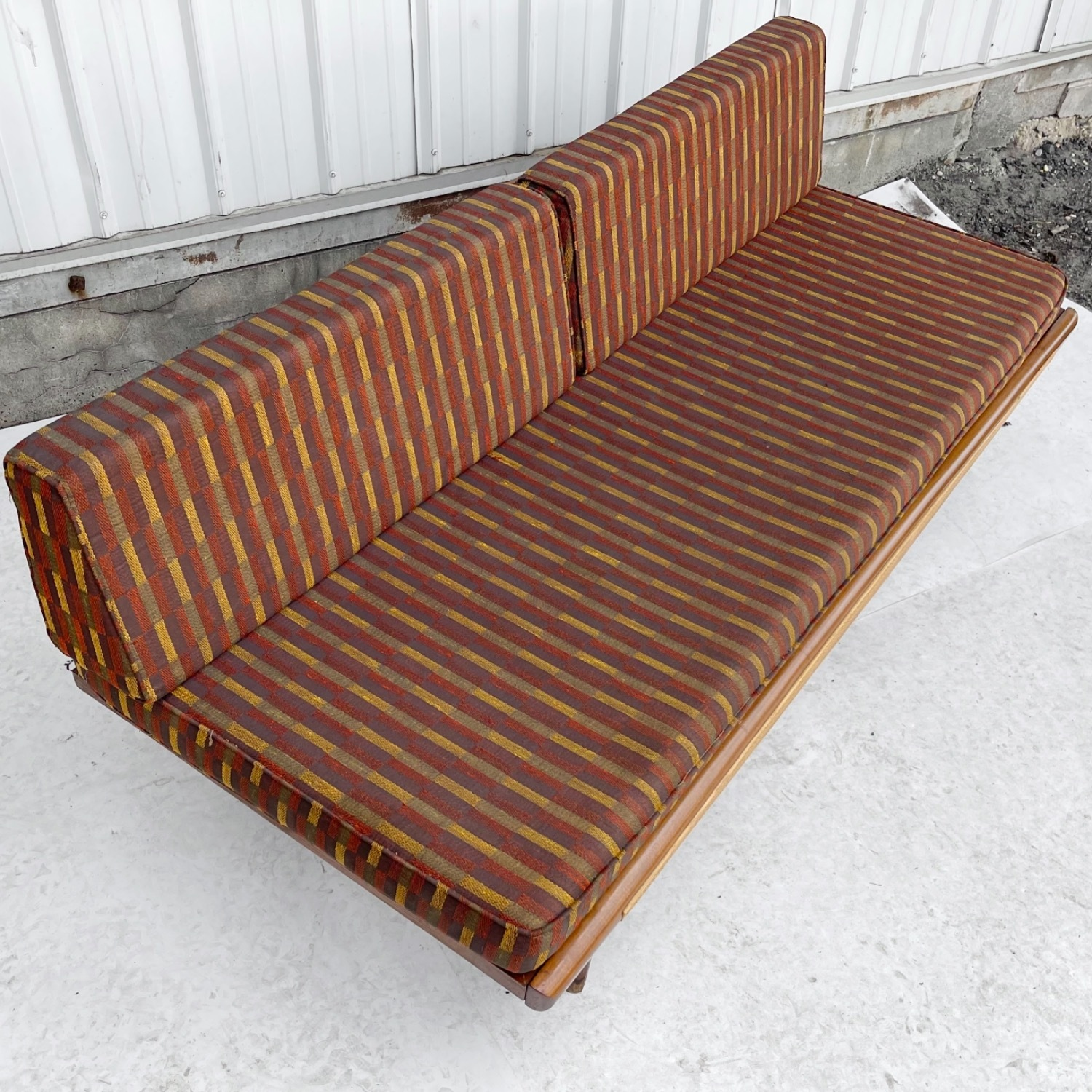Mid-Century Modern Sofa or Daybed - image-1