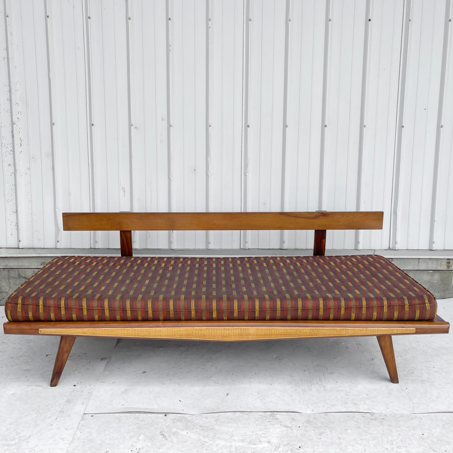 Mid-Century Modern Sofa or Daybed - image-6