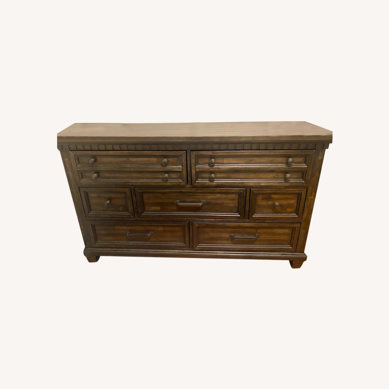 Bob's Discount Furniture Dresser - image-0