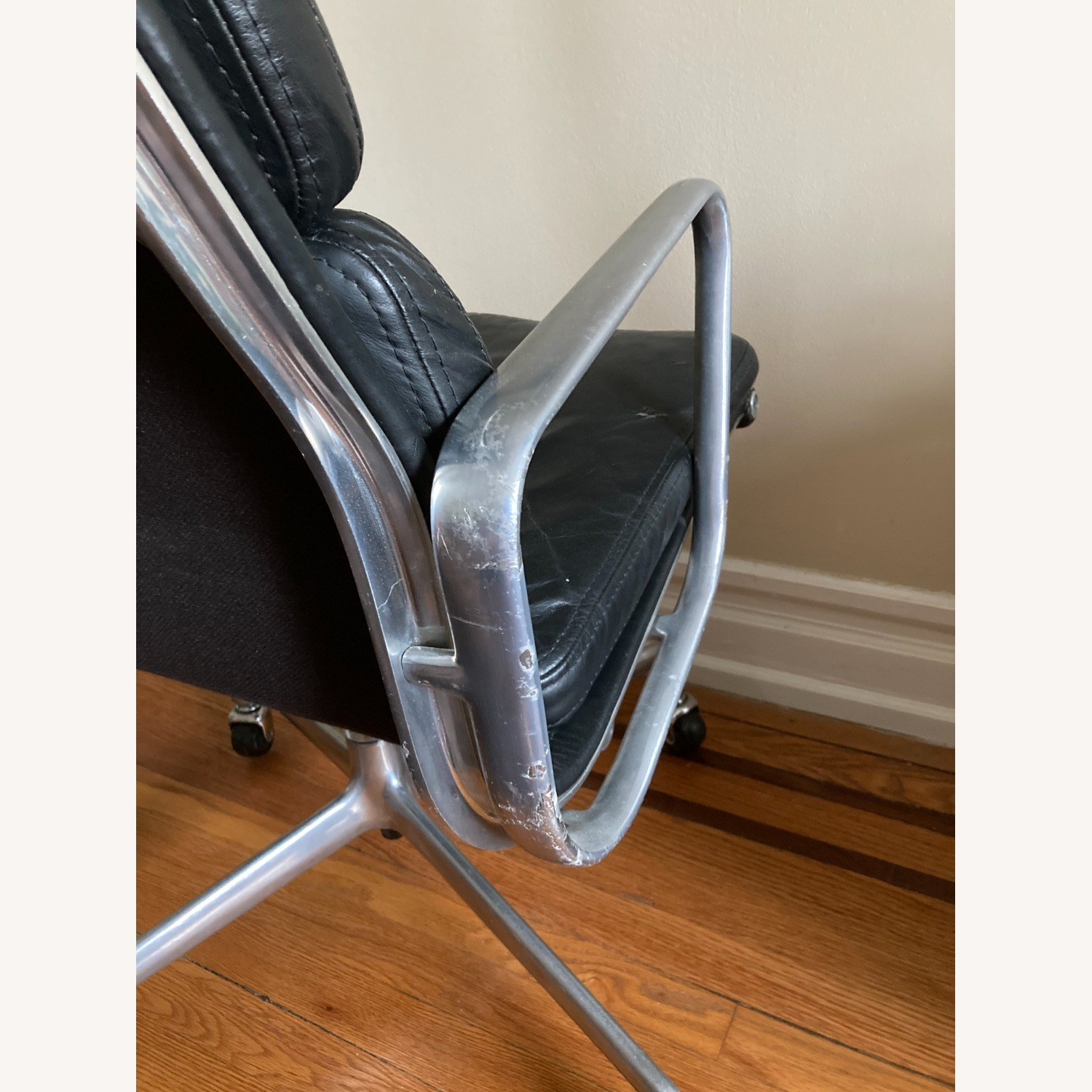 Herman Miller Eames Soft Pad Executive Chair - image-4