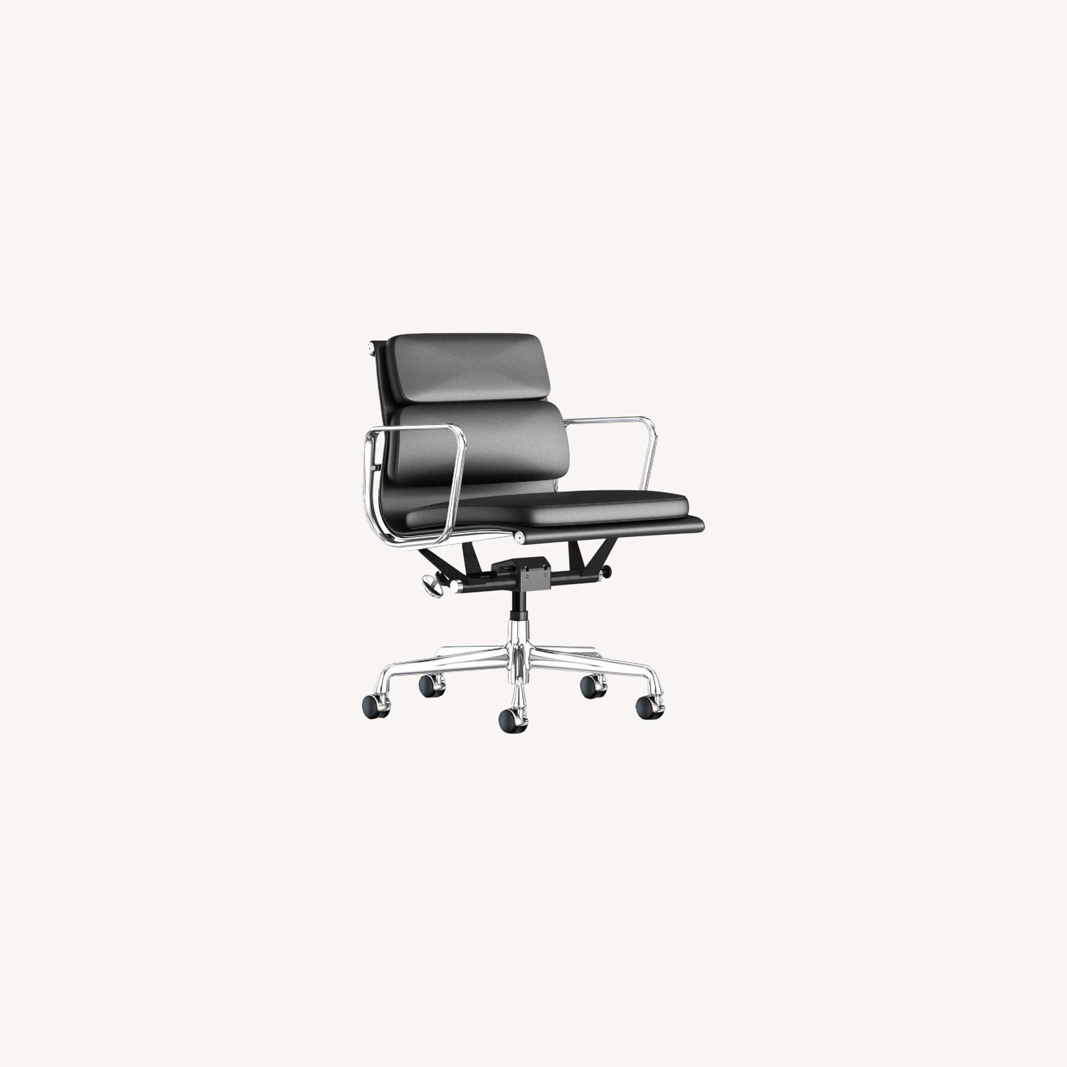 Herman Miller Eames Soft Pad Management Chair - image-0