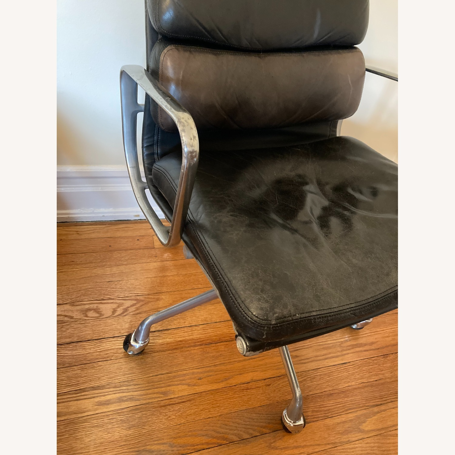 Herman Miller Eames Soft Pad Management Chair - image-2