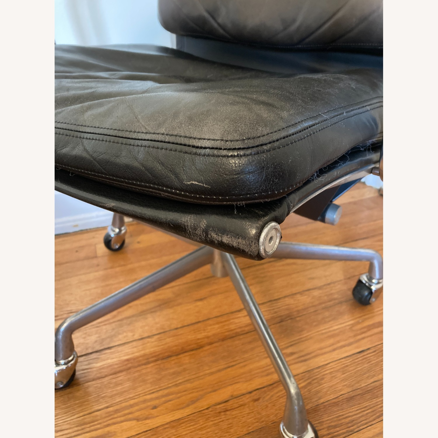 Herman Miller Eames Soft Pad Management Chair - image-9