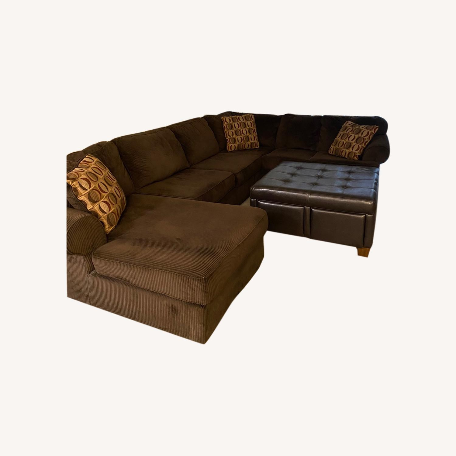 Ultimate Sectional - image-0