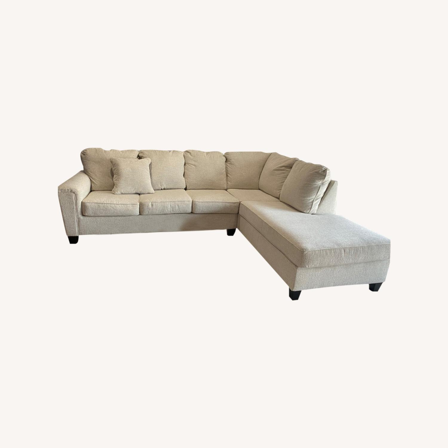 Ashley Sectional with Chaise - image-0