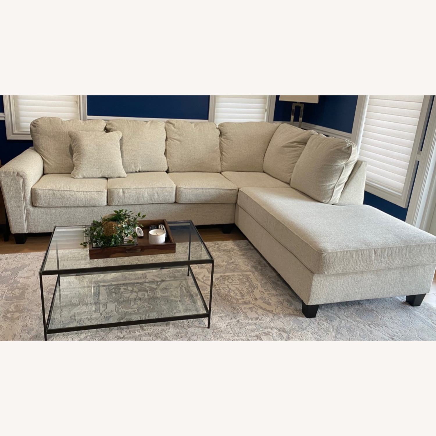 Ashley Sectional with Chaise - image-1