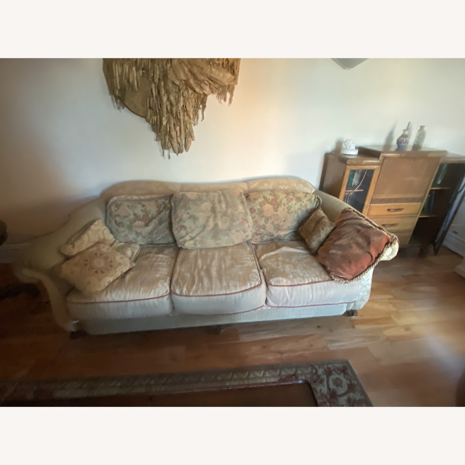 Domain Ornate Super Comfortable Couch Art Deco in Style - image-1