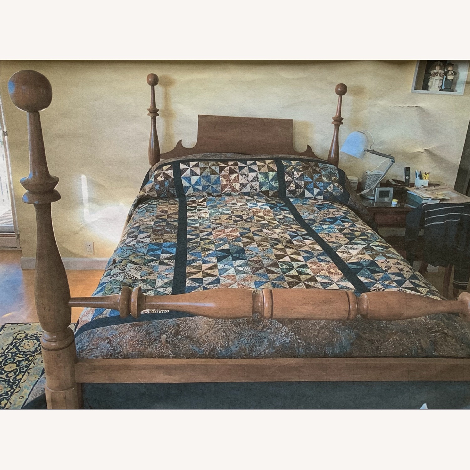 Antique Cherry Wood Four-Post Bed (Full) - image-6