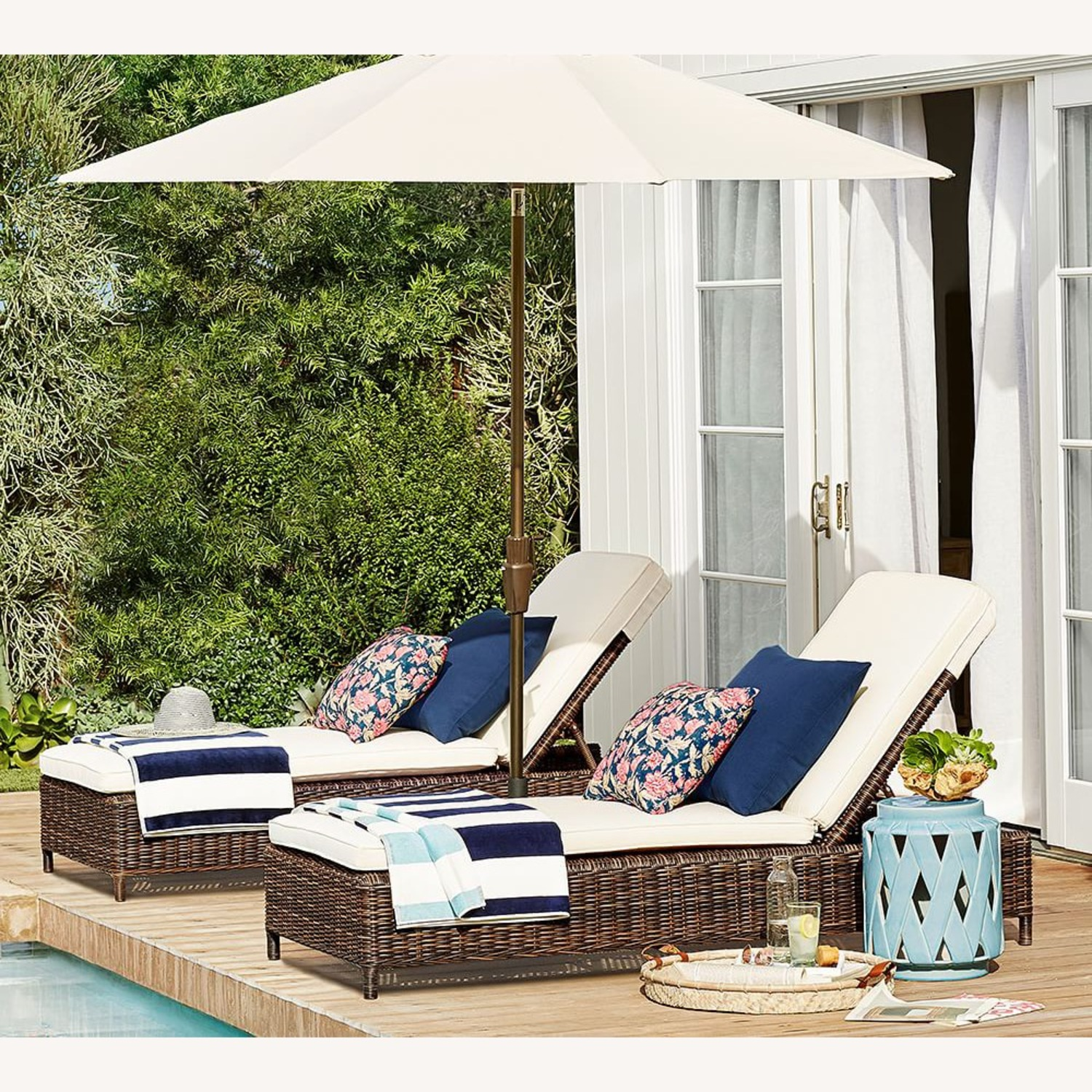 Pottery Barn Indoor/Outdoor Pillow - Set of 8 - image-3