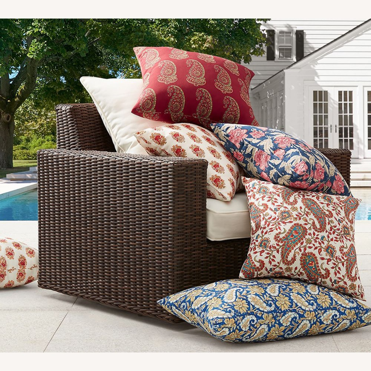 Pottery Barn Indoor/Outdoor Pillow - Set of 8 - image-2