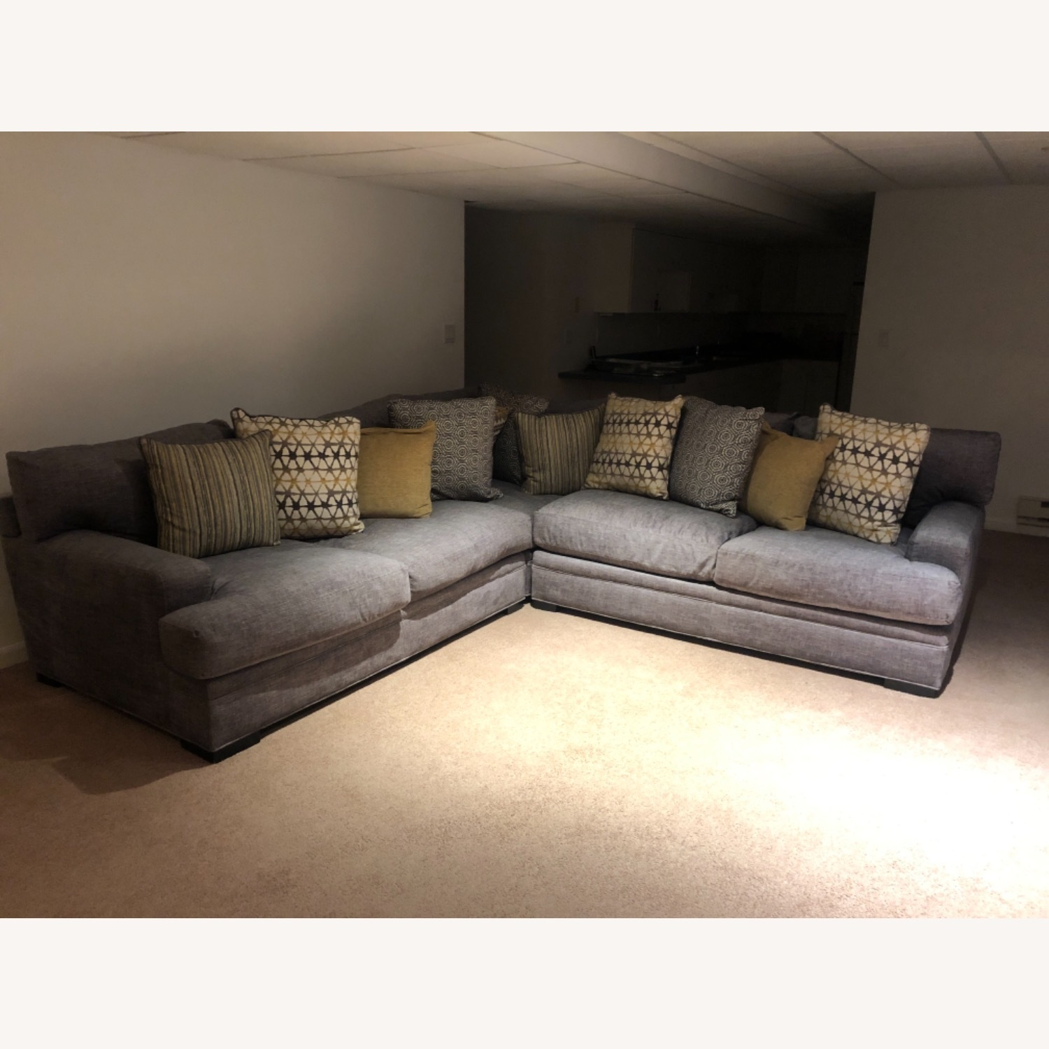 Rooms To Go Gray 3 Piece Sectional Cindy Crawford Home - image-2
