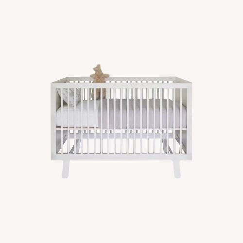 Used Oeuf Sparrow Crib with Toddler Conversion Kit for sale on AptDeco