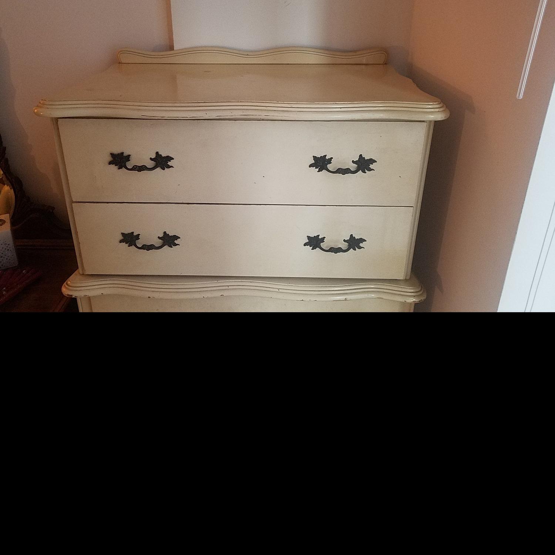 Vintage Solid Wooden 6-Drawer Dresser - image-4