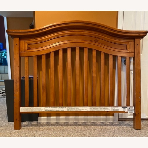 Used Crib..Toddler bed..Full size bed for sale on AptDeco