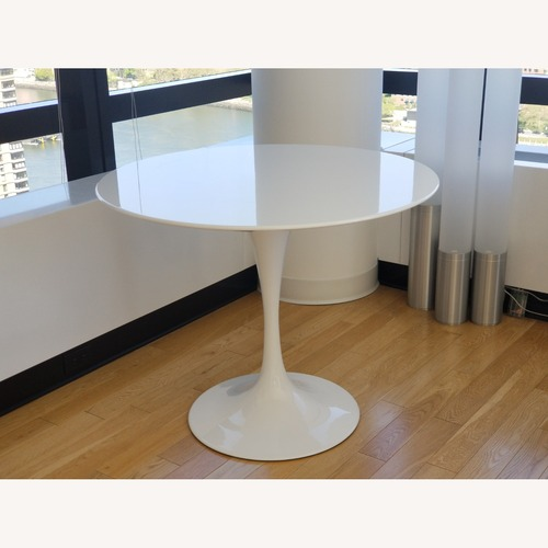 "Used Modway Round Tulip Table, White, 36"" for sale on AptDeco"