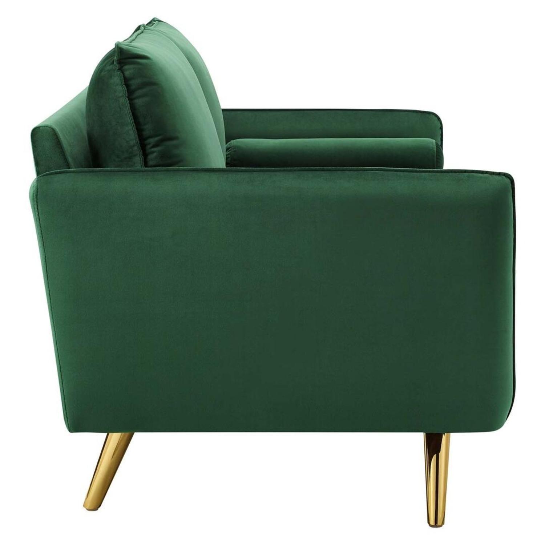 Modern Style Sofa In Emerald Velvet Upholstery - image-3