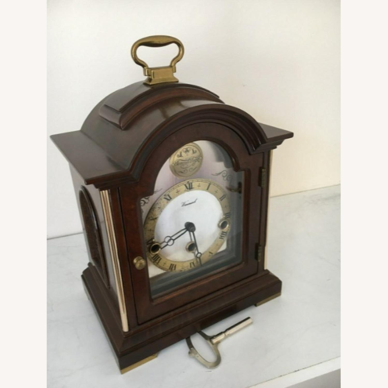 Vintage Mantle Clock - image-2