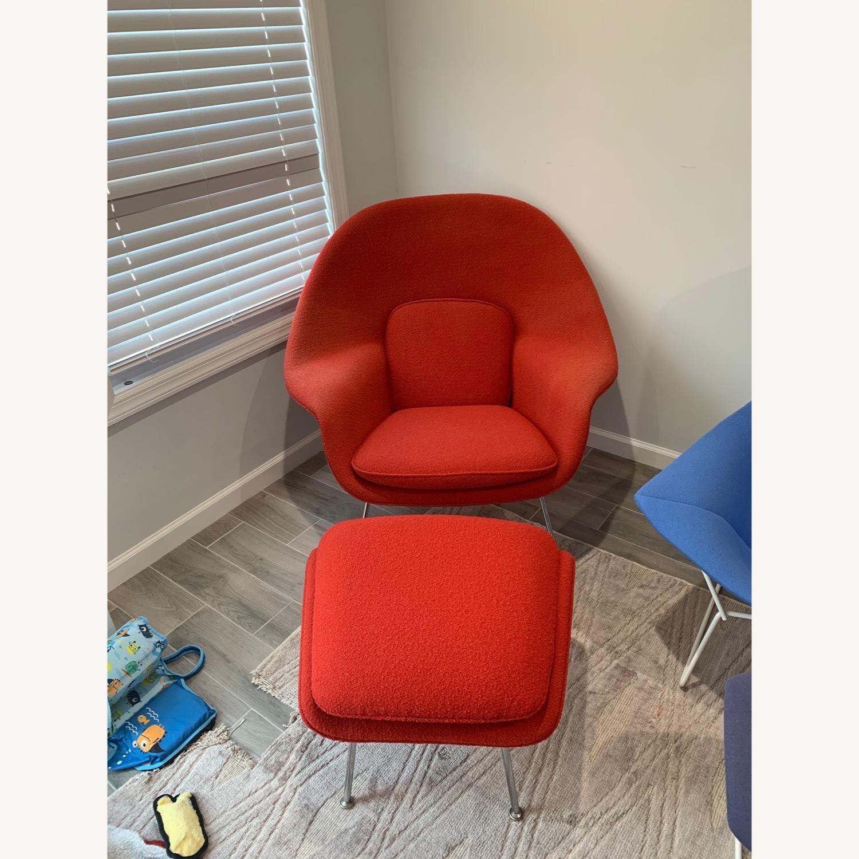 Eero Saarinen Knoll Womb Chair with Ottoman - image-1