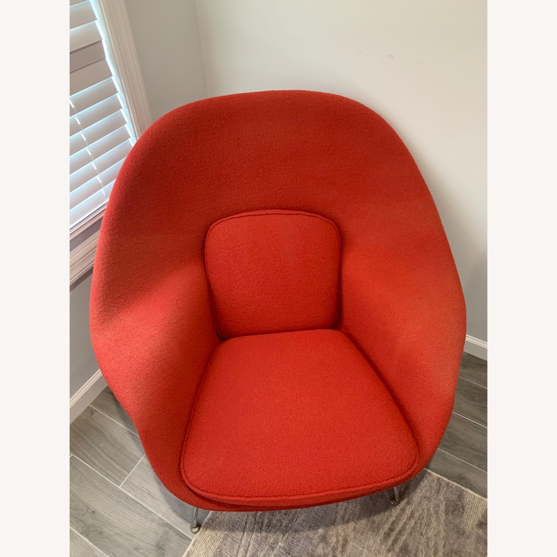 Eero Saarinen Knoll Womb Chair with Ottoman - image-2
