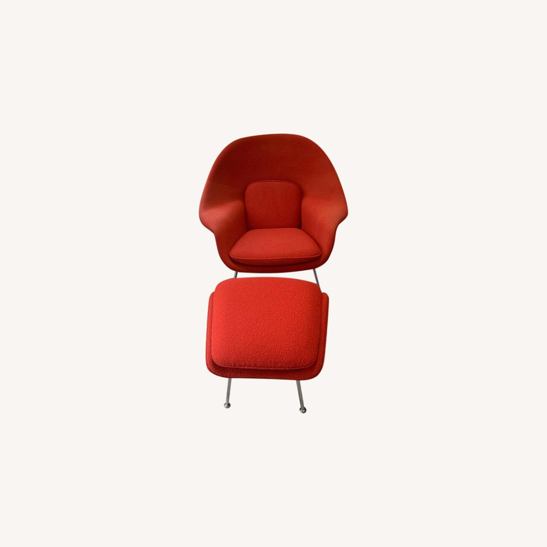 Eero Saarinen Knoll Womb Chair with Ottoman in Red - image-0
