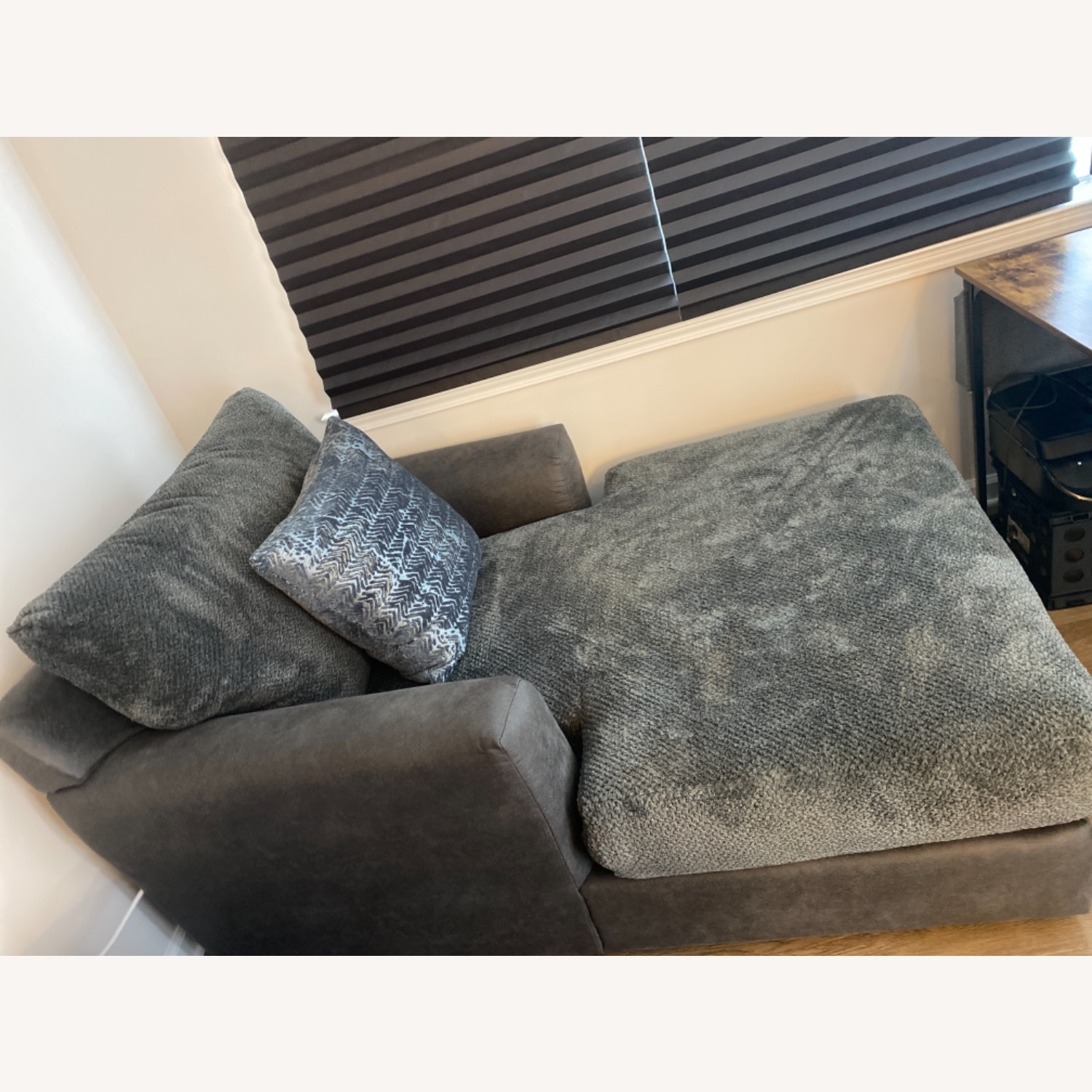 Bob's Discount Grey Chaise Lounge - image-4