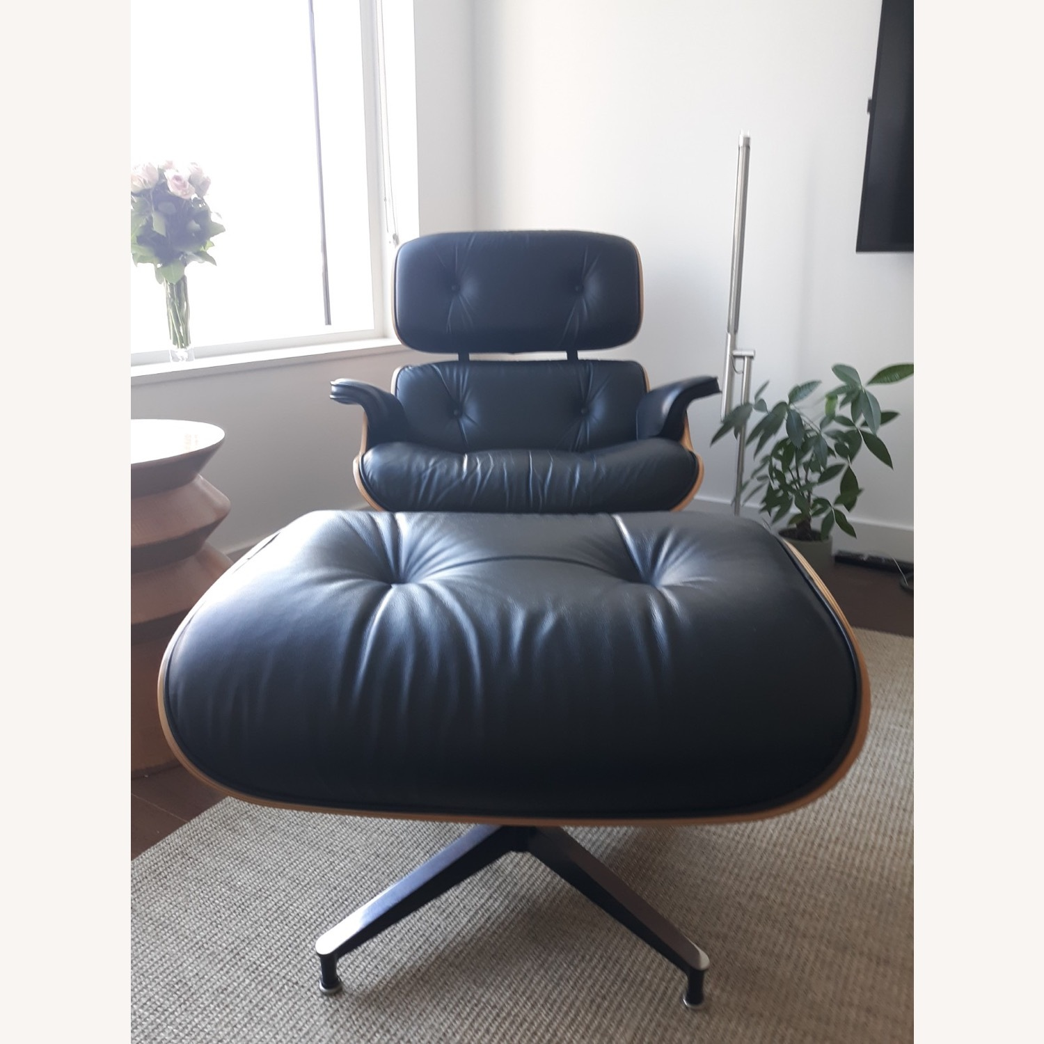 Herman Miller Eames Lounge Chair and Ottoman - image-1