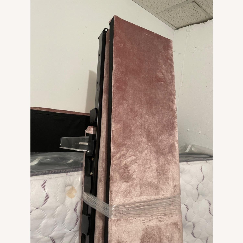 Wayfair Fuiloro Upholstered Platform Bed - image-4