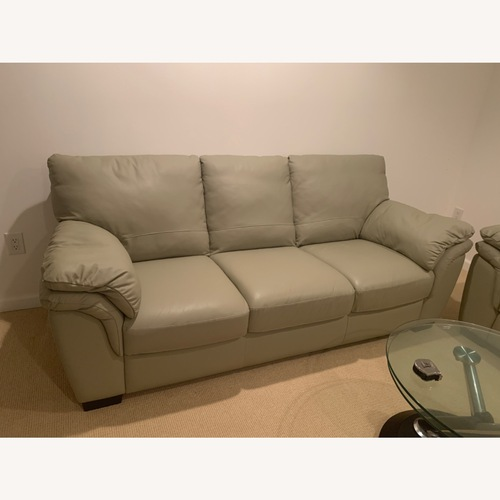 Used Raymour & Flanigan Genuine Leather 3 Seater Couch for sale on AptDeco