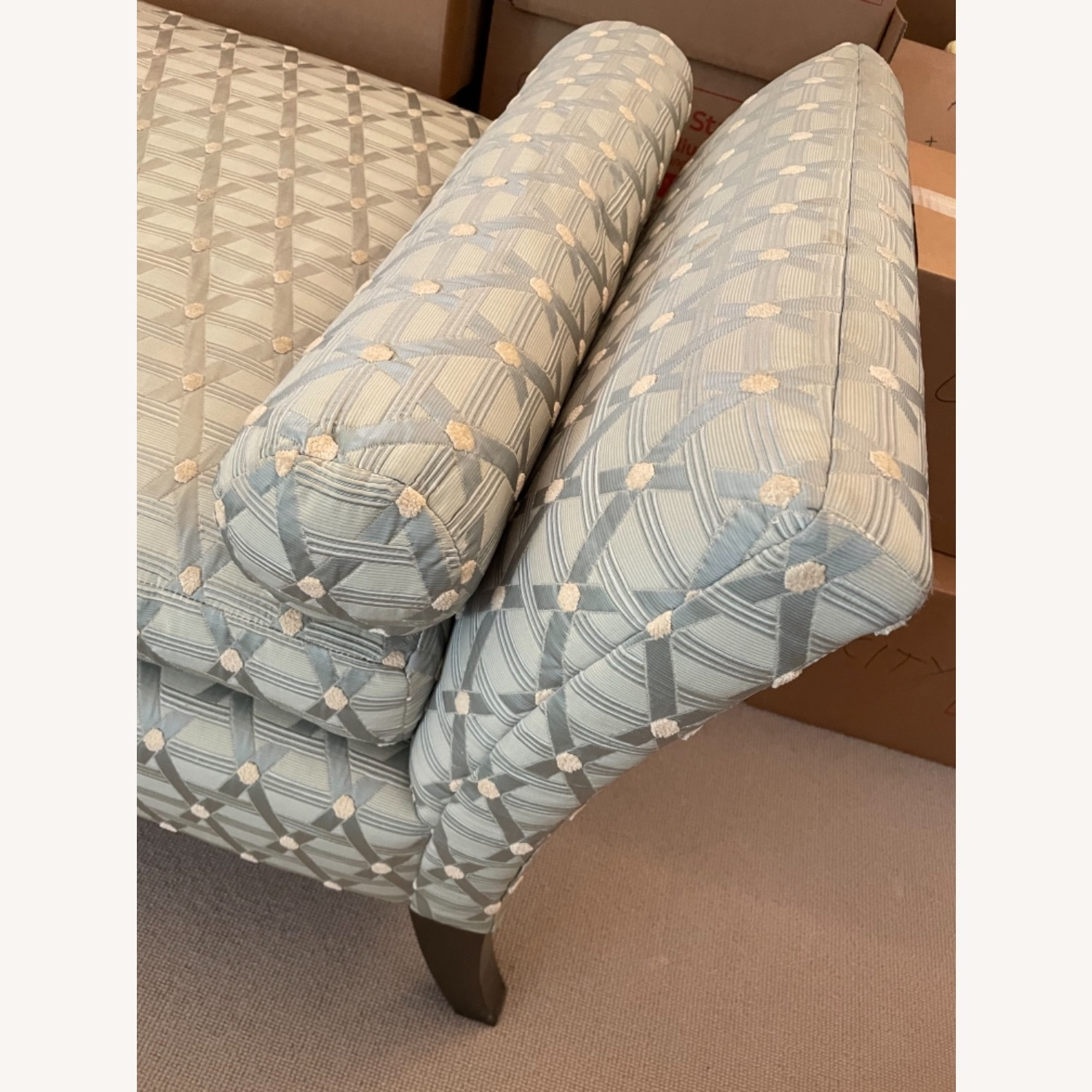 Seafoam Patterned Daybed - image-3